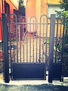 Cancello pedonale in ferro battuto