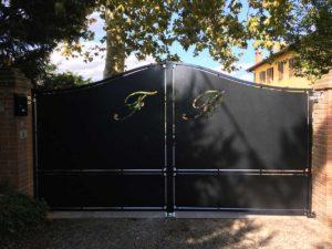 Cancello in ferro battuto a Bologna