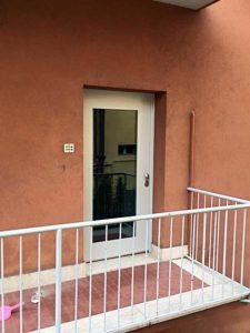 Porta di sicurezza a Bologna